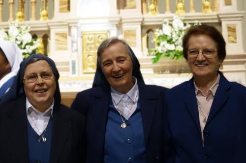 Sr Giovanna Maria Carrara e sr Antonietta Bruscato e sr Anna Maria Parenzan